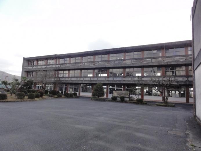 旧府中小学校