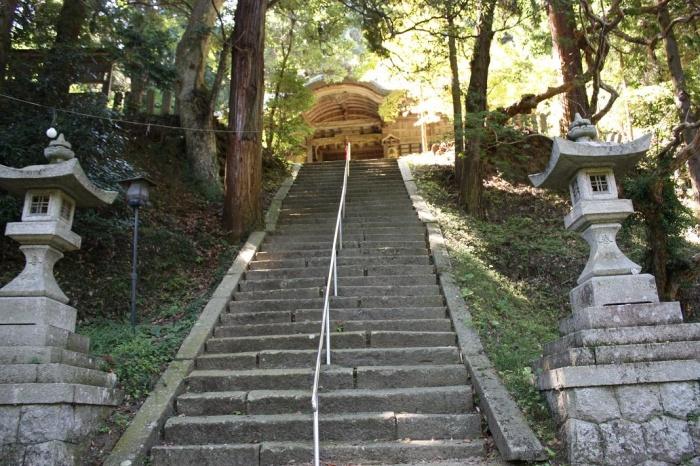 高倉(たかくら)神社